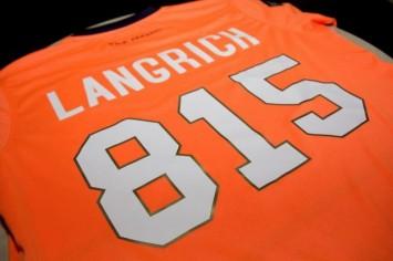 ラングリッチの背番号は「815(えいご)」